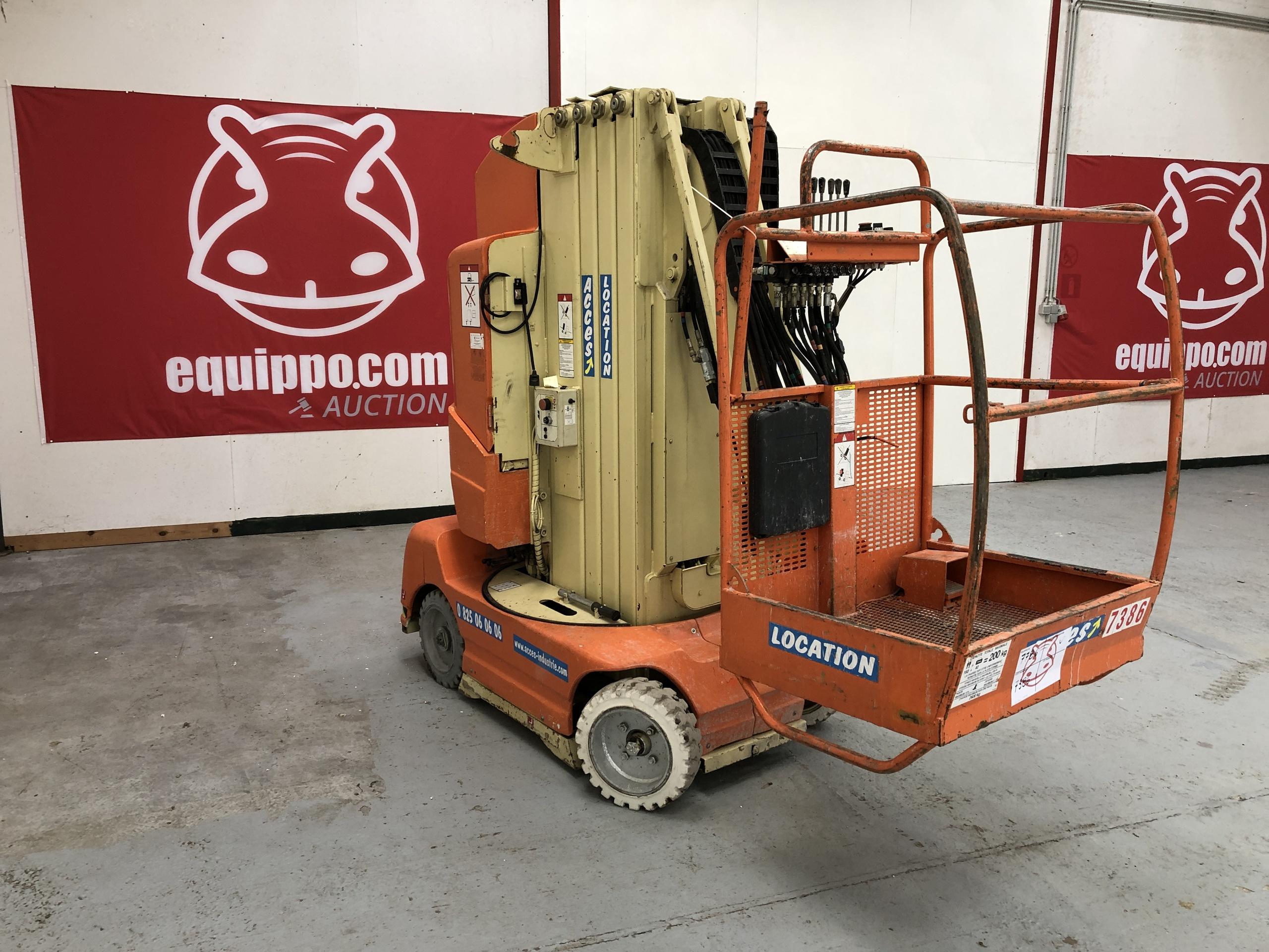 2006 - JLG TOUCAN 1100
