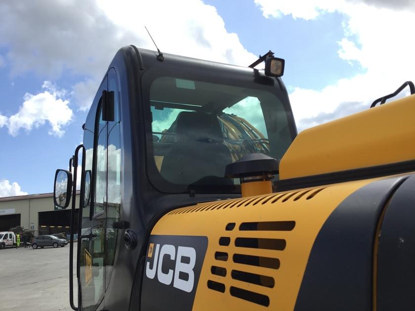 2014 JCB JS145LC